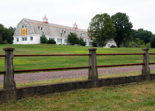 exterior of The Dairy Barn with a quilt block on the side of the building